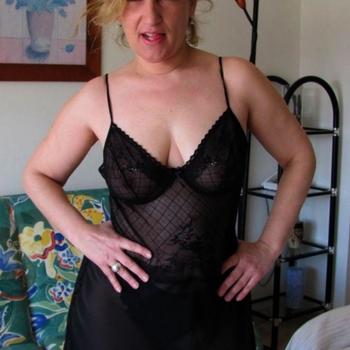 Knute, Frau 51 jahre alt sucht einen Mann