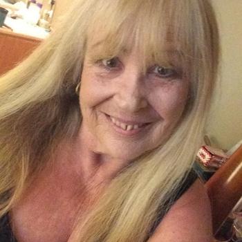 Hexi, Frau 64 jahre alt sucht einen Mann