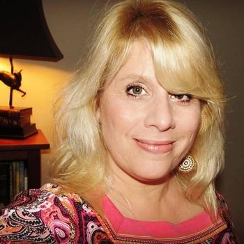 Frondelina, Frau 49 jahre alt sucht einen Mann