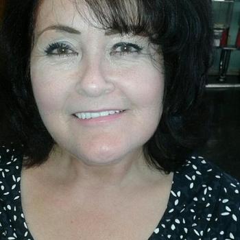 Korina, Frau 52 jahre alt sucht einen Mann