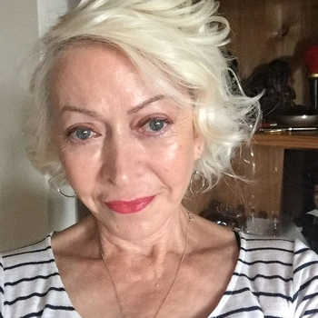 Geflüster, Frau 65 jahre alt sucht einen Mann