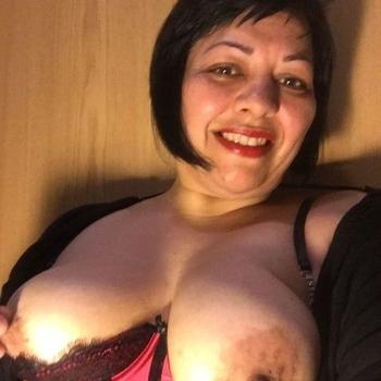Sexhungrige, Frau 50 jahre alt sucht einen Mann