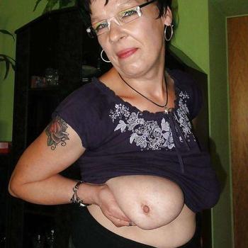 Indima, Frau 59 jahre alt sucht einen Mann