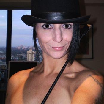 LenaLoo, Frau 59 jahre alt sucht einen Mann