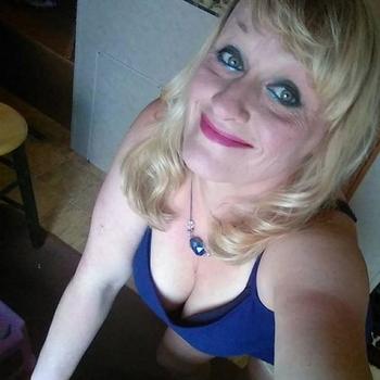 Sassiiiii, Frau 59 jahre alt sucht einen Mann