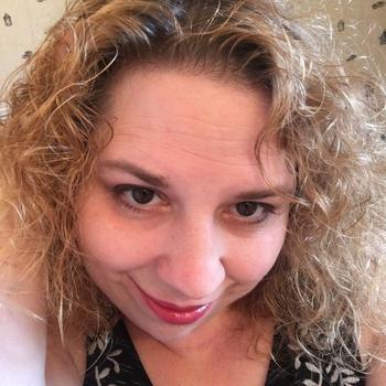 Amandacrazy, Frau 49 jahre alt sucht einen Mann