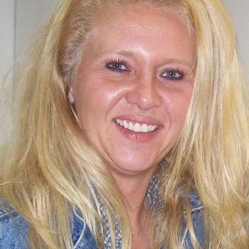 Fiola, Frau 56 jahre alt sucht einen Mann