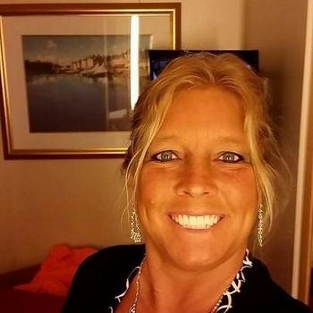 Gloria, Frau 51 jahre alt sucht einen Mann