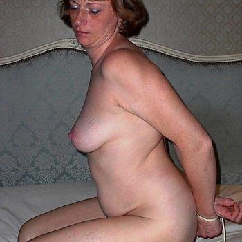 Tenskessey, Frau 52 jahre alt sucht einen Mann