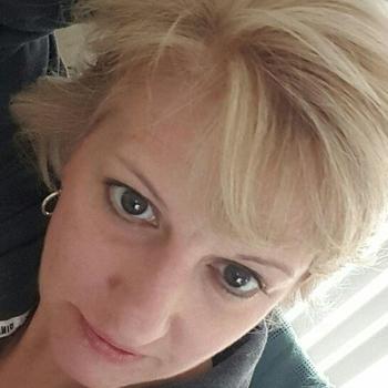 ZuKI, Frau 52 jahre alt sucht einen Mann