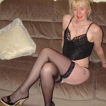annegred, Frau 50 jahre alt sucht einen Mann
