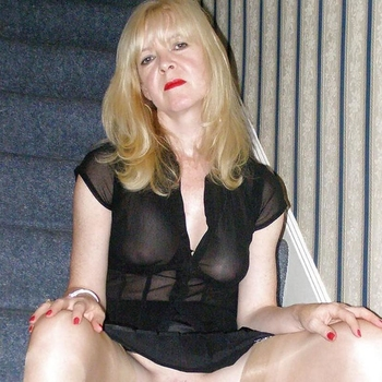 Ponie, Frau 56 jahre alt sucht einen Mann