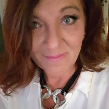 TreueSie, Frau 57 jahre alt sucht einen Mann