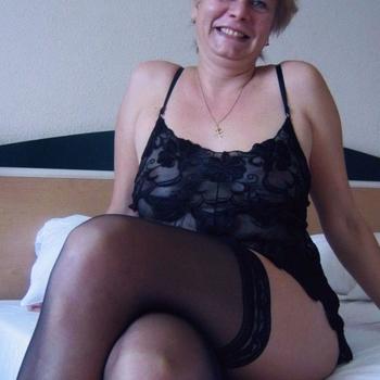 Zenzierl, Frau 62 jahre alt sucht einen Mann