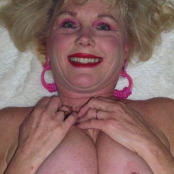 fünfzigerin, Frau 61 jahre alt sucht einen Mann