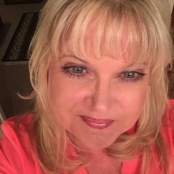 Rossanna, Frau 55 jahre alt sucht einen Mann