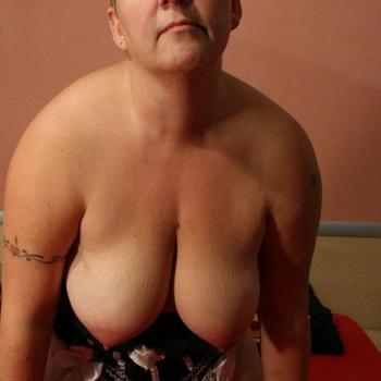 Sabineblond, Frau 58 jahre alt sucht einen Mann