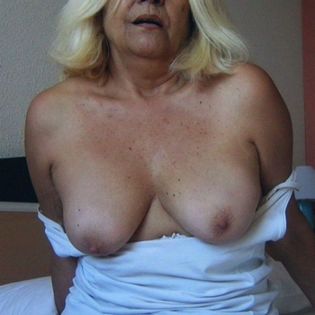 hablust, Frau 60 jahre alt sucht einen Mann