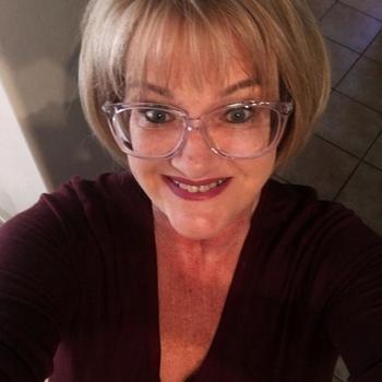 Geheimnissvolle, Frau 56 jahre alt sucht einen Mann
