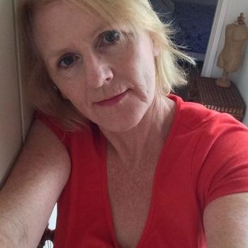 Eleonorie, Frau 64 jahre alt sucht einen Mann
