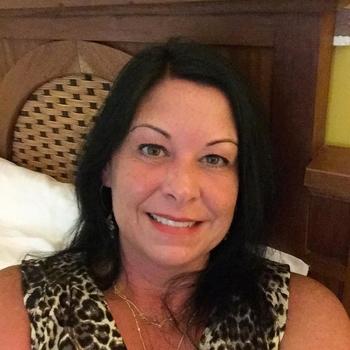Angala, Frau 54 jahre alt sucht einen Mann