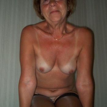 Stella_Ho, Frau 62 jahre alt sucht einen Mann