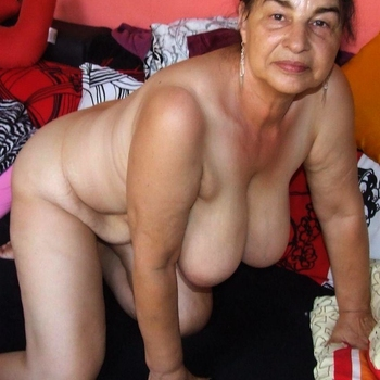Tief, Frau 62 jahre alt sucht einen Mann