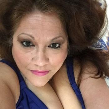 sunshines, Frau 60 jahre alt sucht einen Mann