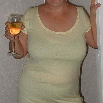 Romuna, Frau 65 jahre alt sucht einen Mann