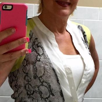 Betzy, Frau 50 jahre alt sucht einen Mann