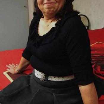 suzizii, Frau 62 jahre alt sucht einen Mann